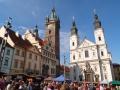031-DSCF2714 Klatovy - radnice s Černou věží a Kostel Neposkvrn
