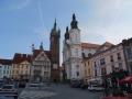 095-DSCF2810 Klatovy - radnice s Černou věží a kostel Neposkvrn